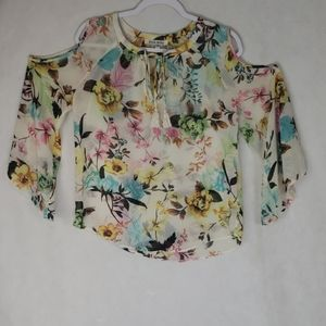 BLACK RAINN  Floral cold shoulder blouse sz small
